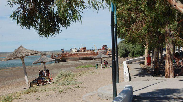 La vieja costanera  de San Antonio seduce al turismo