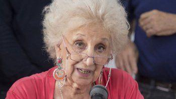 la titular de abuelas respaldo a fernandez tras su autocritica