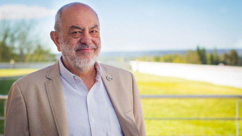 Luis Sapag: un apasionado investigador de sus raíces