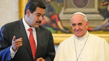 polemica: el papa le mando un enviado a maduro