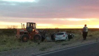 choele choel: un muerto tras choque entre camion y auto