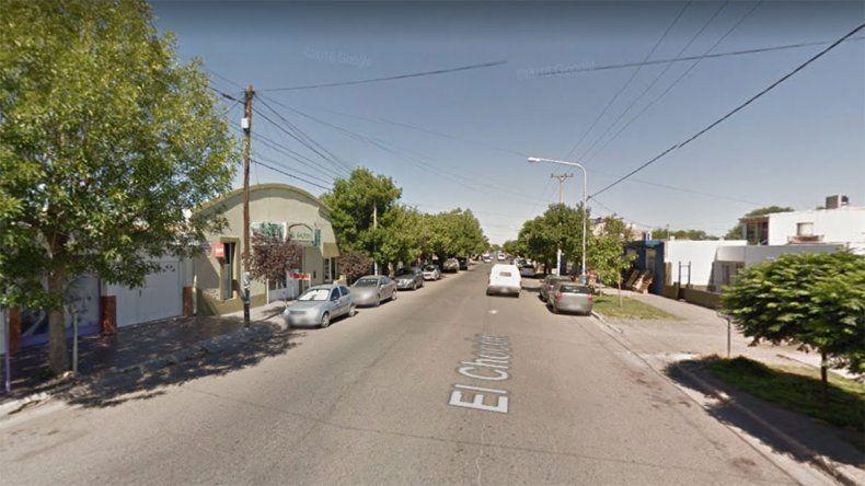 Así se roban una camioneta estacionada en barrio Belgrano: la engancharon y se la llevaron