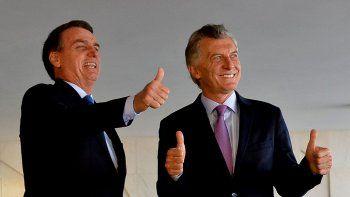 cumbre en brasil: macri y bolsonaro criticaron a maduro