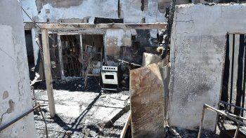 incendio: una de las victimas era jugador del club alianza