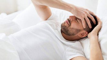 dormir menos de seis horas aumenta el riesgo cardiovascular