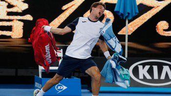 el escandalo de un tenista espanol al ser eliminado