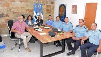 municipio y policia abordaran el aumento de la violencia de genero