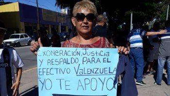 repudiaron la detencion del policia que mato a un ladron