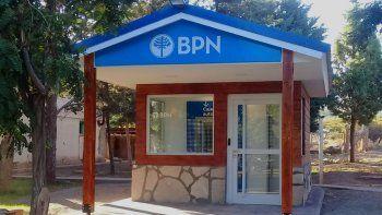 la localidad neuquina de chorriaca ya tiene su primer cajero automatico