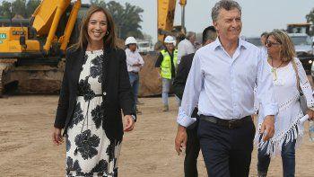 Macri recorrió junto a la gobernadora de Buenos Aires obras en una ruta.