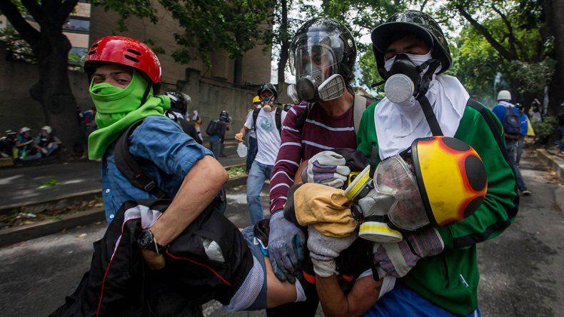 Represión. La Guardia Nacional reprimió con gases