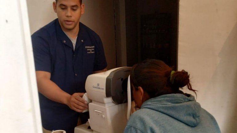 NEUQUÉN: Médica trucha estafó a fieles evangélicos con lentes recetados