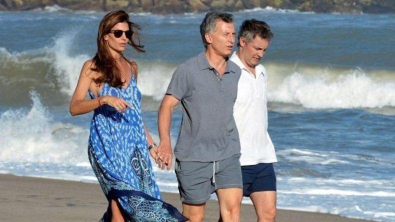 Macri se fue a la playa y otra vez se polemiza por sus vacaciones