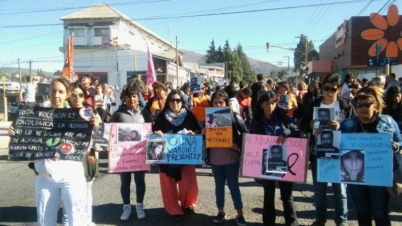 Cientos de personas marcharon para pedir justicia por el femicidio de Valeria Coppa