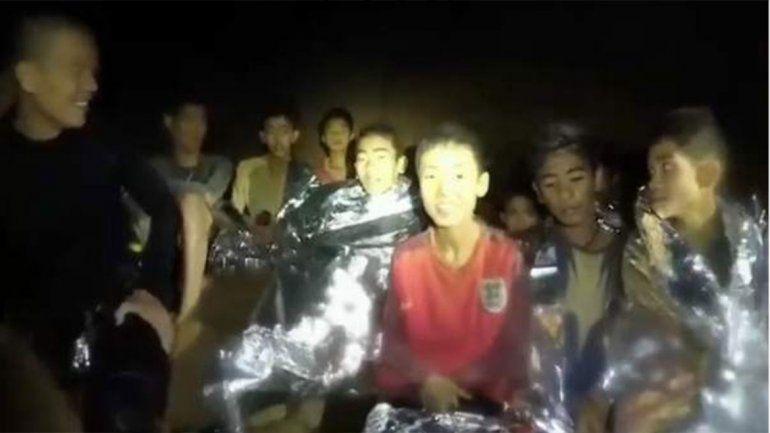 Maniatados y sedados: la verdad del rescate de los tailandeses atrapados en una cueva