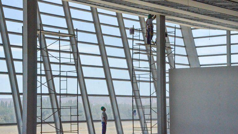 Las obras del aeropuerto estarán listas en marzo