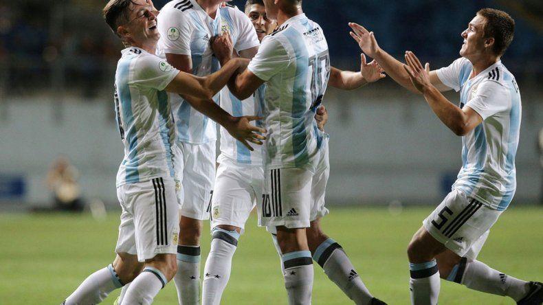 Argentina goleó a Venezuela y se acerca al Mundial Sub 20