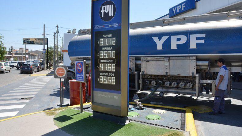 YPF aumentó el precio de sus combustibles hasta un 2%