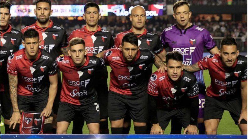 Alarma en Colón: ocho jugadores con síntomas de dengue