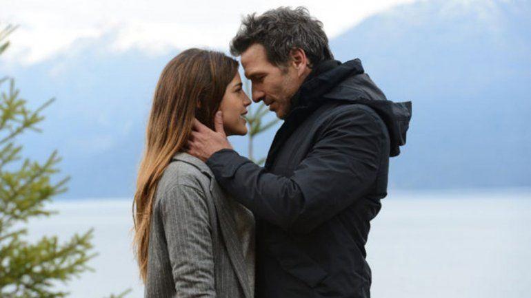 El esperado primer beso entre Calu y Facundo Amador