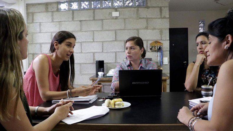 Candidata de Pechi pidió cumplir con  180 días de clases