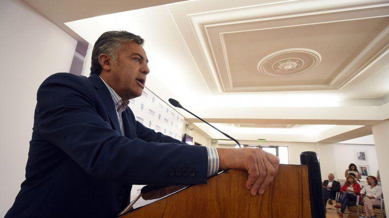 Mendoza desdobla y elegirá gobernador el 29 de septiembre