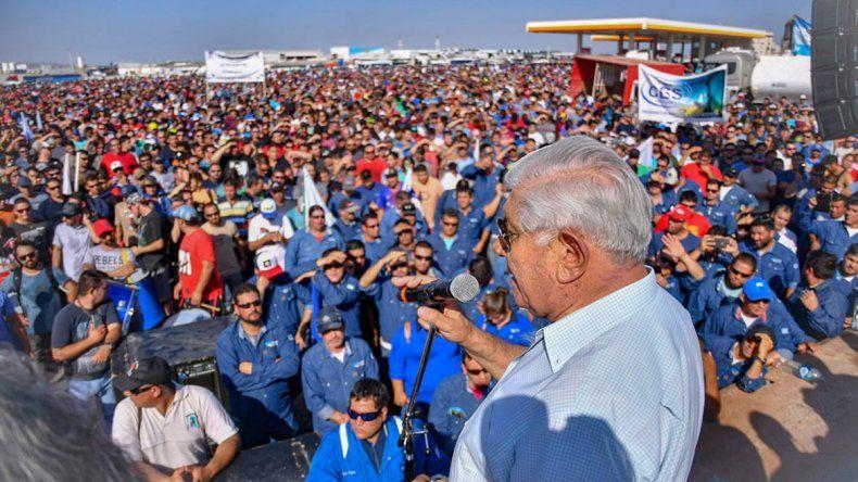 Pereyra se plantó contra el recorte de Macri al gas