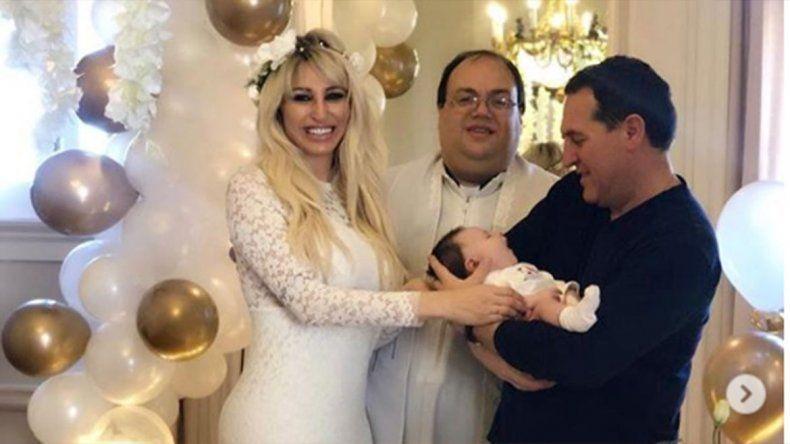 Tras la denuncia por violencia verbal, Vicky renovó los votos matrimoniales con Javier Naselli