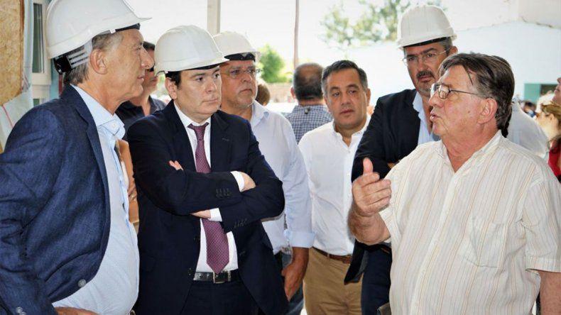 Macri, en campaña, se mostró con un gobernador opositor