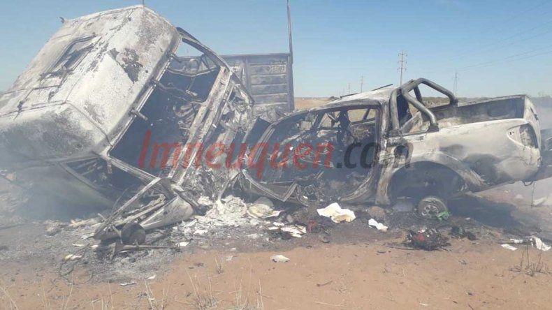 Choque, fuego y muerte en la Ruta 237: aún no identificaron a las tres víctimas