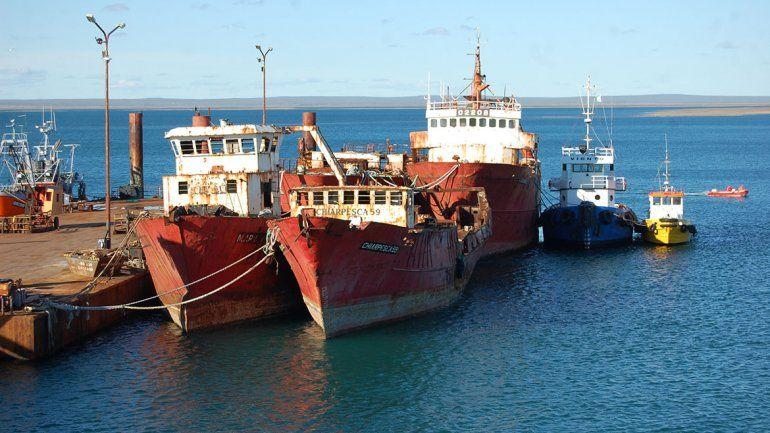 Las Grutas: hundirán hoy un viejo buque