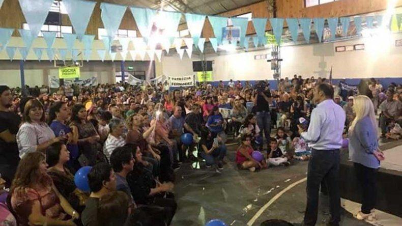Gutiérrez participó en Senillosa de un multitudinario acto