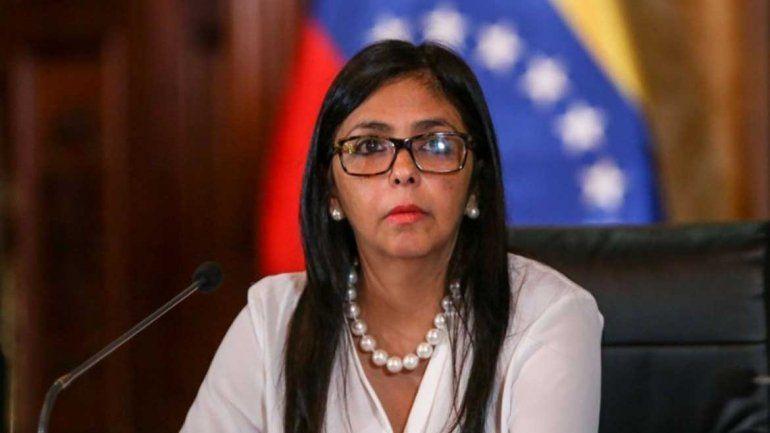 Vice de Maduro le pide a Guaidó reflexionar y detener la locura