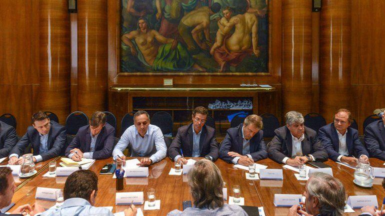Una cumbre del sector petrolero con Nación para descomprimir