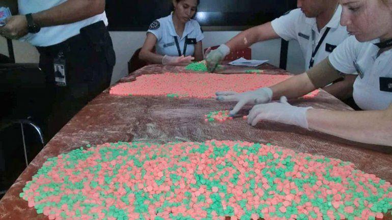 Incautaron más de 18 mil pastillas de éxtasis