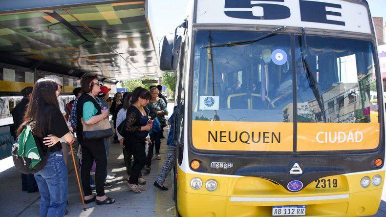 El 25 de mayo con transporte normal: se levantó el paro