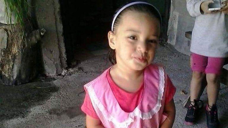 Acusan mala praxis por la muerte de su hija de 5 años