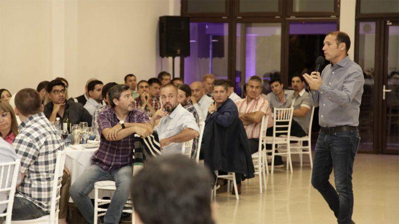 Gutiérrez se reunión con integrantes de pymes locales
