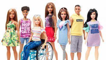 la barbie inclusiva en silla de ruedas que emociona