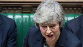 brexit: may le pide unidad al partido conservador