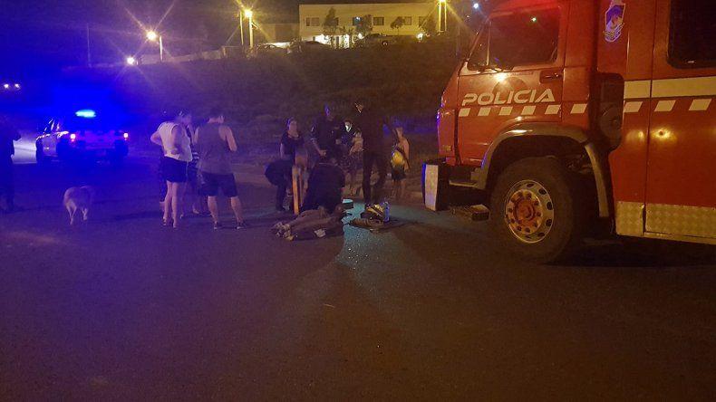 Bomberos rescataron una perrita que pasó dos días en un desagüe