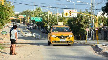 capacitan a taxistas para que convivan con el metrobus