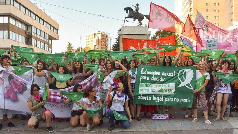 Neuquén tendrá su pañuelazo en apoyo al nuevo proyecto de aborto legal