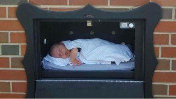 instalan polemicos buzones para abandonar bebes no deseados