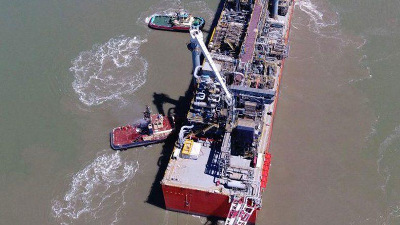 YPF suma una exportación más de shale oil en Vaca Muerta