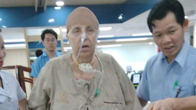 Tuvo un ACV en Tailandia y le falta plata para volver