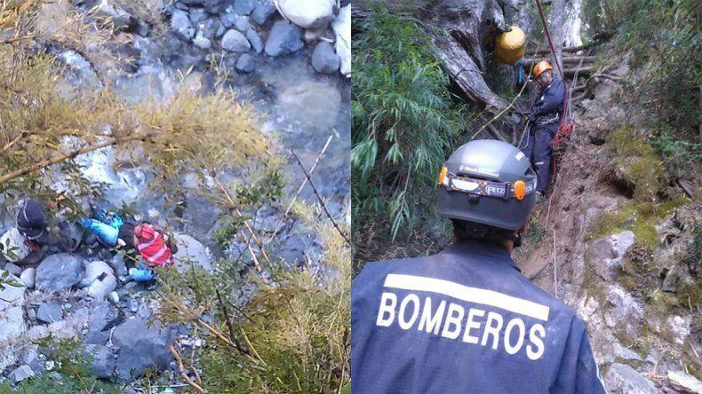 Villa La Angostura: rescataron a una mujer que cayó en la Cascada del Río Bonito