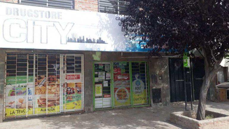 Clausuraron otro kiosco en Plottier por vender cerveza a menores