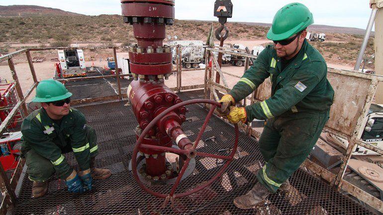 Los petroleros se pliegan al paro nacional convocado por la CGT