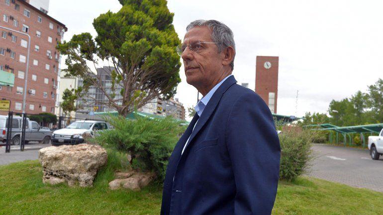 Pechi Quiroga se despachó contra el MPN por las obras públicas